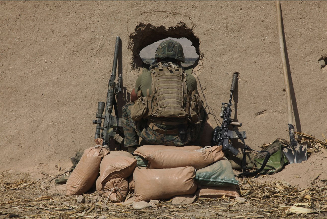 Click image for larger version.  Name:KAC in Afghanistan.jpg Views:27 Size:306.9 KB ID:449406