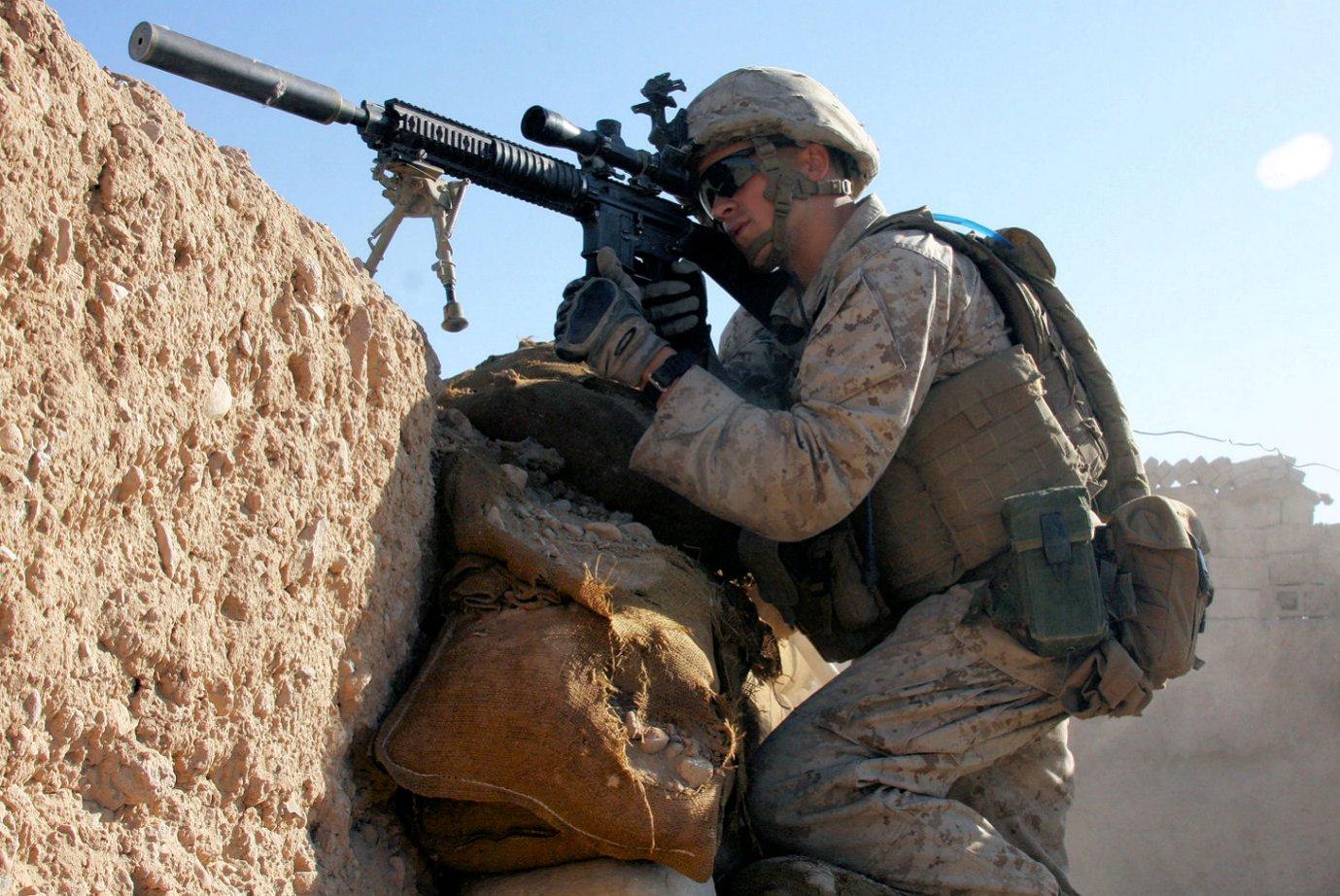 Click image for larger version.  Name:Lance Cpl Steven J Zandstra Nov 1 2010 Sangin Afghanistan.jpg Views:85 Size:274.2 KB ID:448554