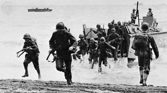 marines-landing-at-guadalcanal.jpg