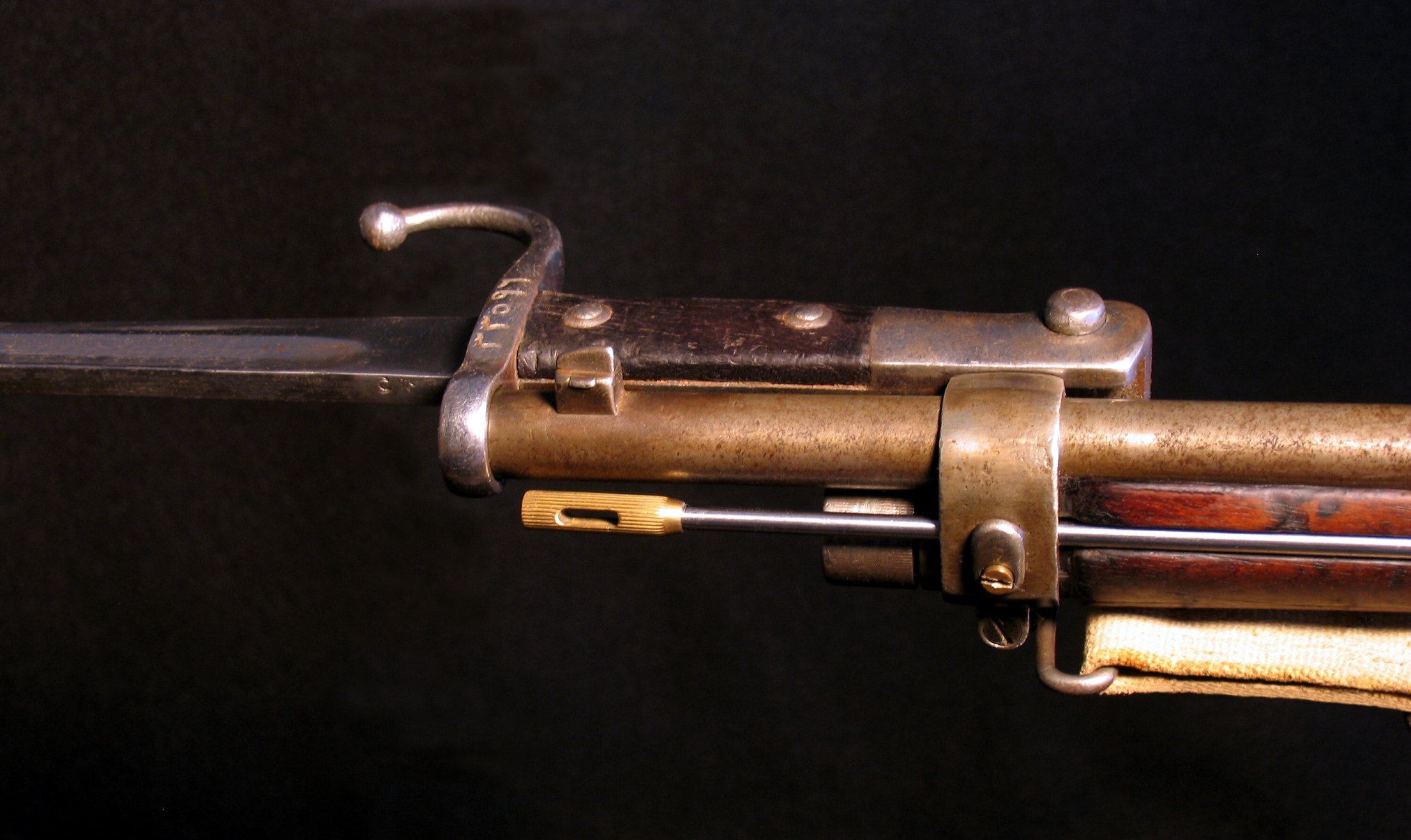 Click image for larger version.  Name:Turkish M1887 Mauser w Bayonet 007-R.jpg Views:8 Size:299.8 KB ID:1539625